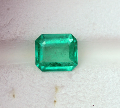 Image for Natural Colombia Emerald .92 ct OLD STOCK - GFTP