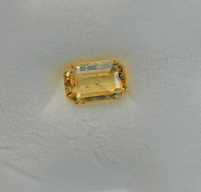Image for Natural Sri Lanka Unheated yellow Sapphire 1.56 carat